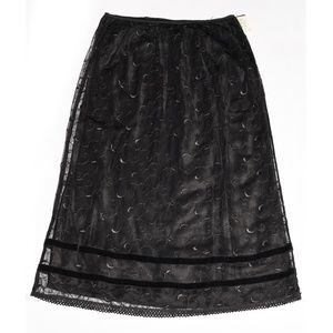 ruth Floral-Embroidered Mesh Overlay Skirt